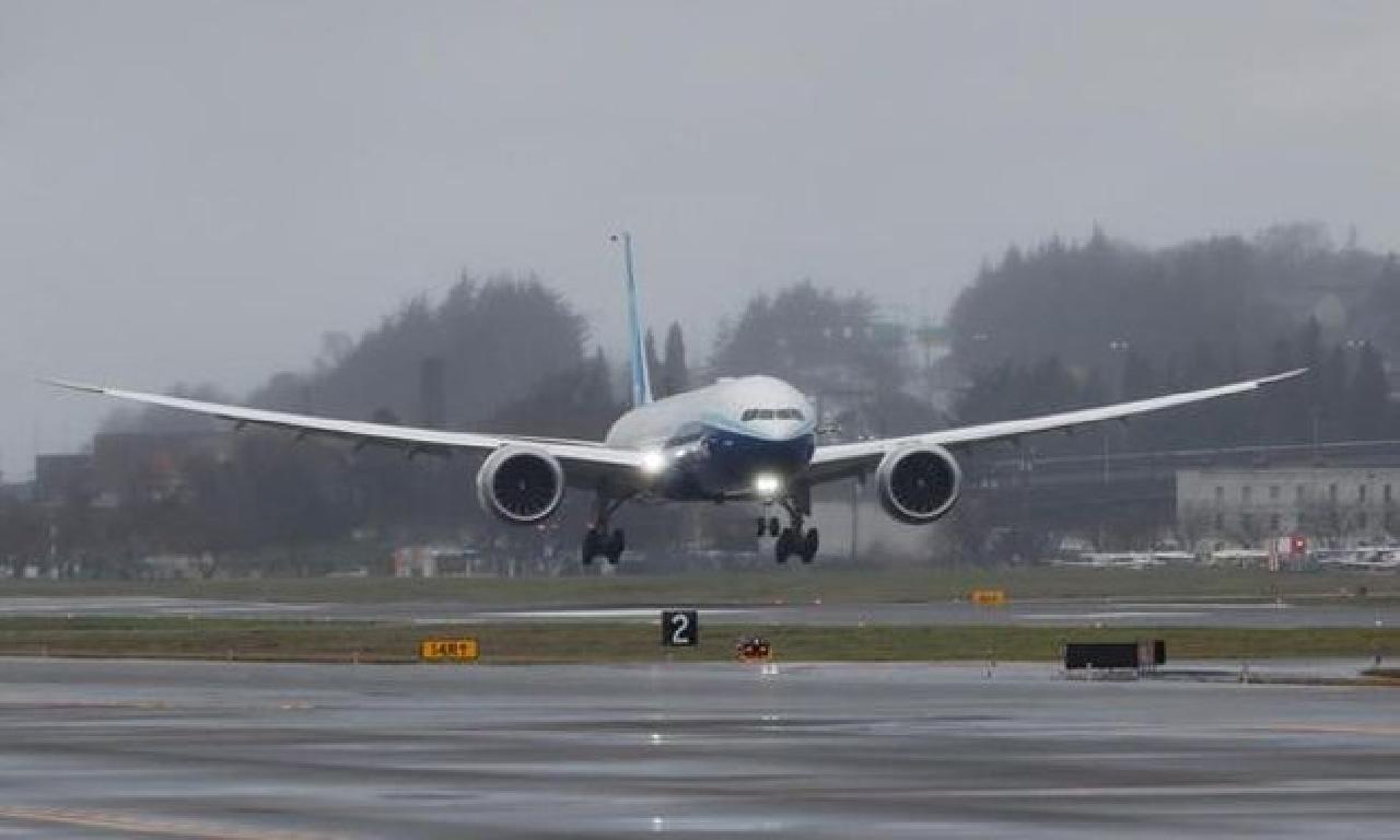 Boeing 777X'in altu sınama uçuşu yapıldı