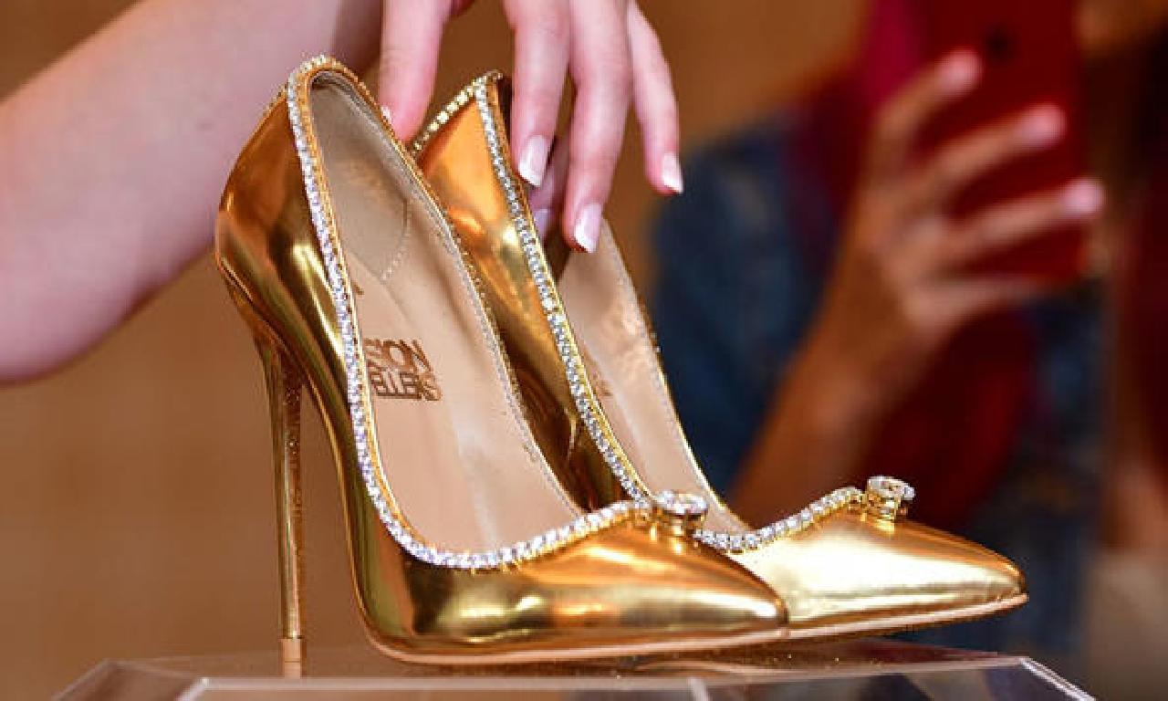 Dünyanın genişlik pahalı ayakkabısı