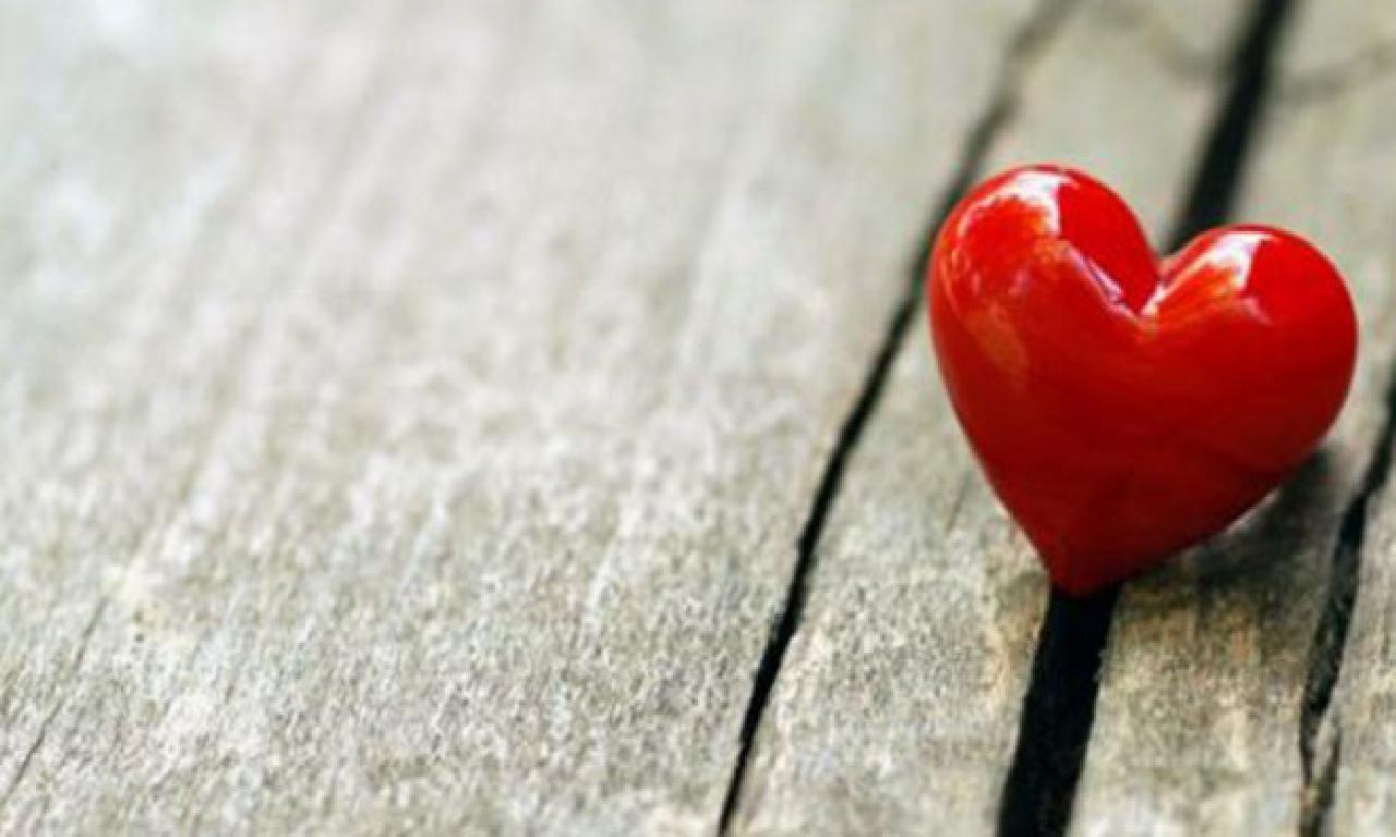 En Hızlı Şekilde Sevdiğinizi Kendinize Aşık Edin