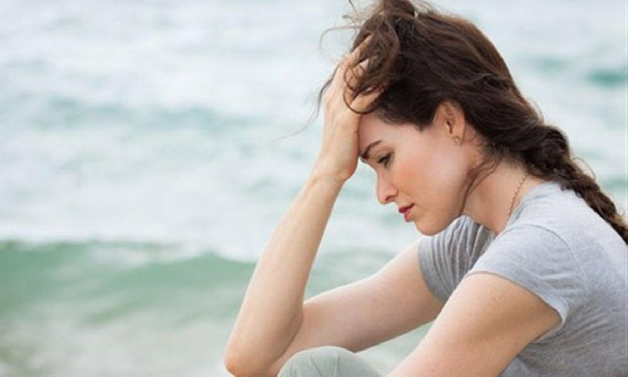 Neşelendirmek depresyonu iyileştirme etmiyor!