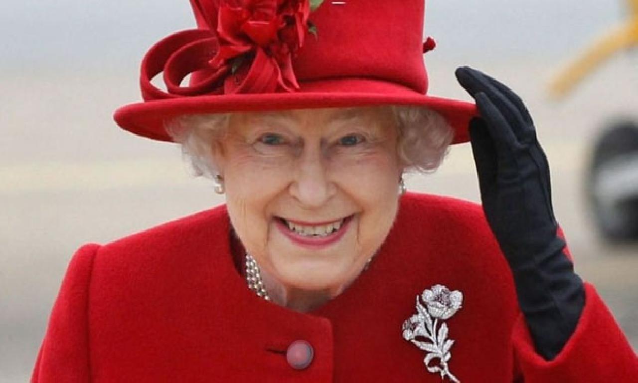 Kraliçe Elizabeth'in kürk kararı