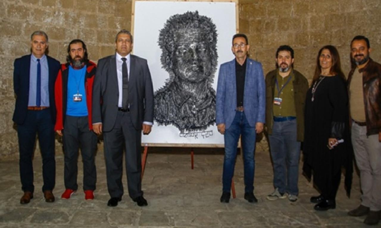 8 ülkeden 25 sanatçının eserleri sergilendi