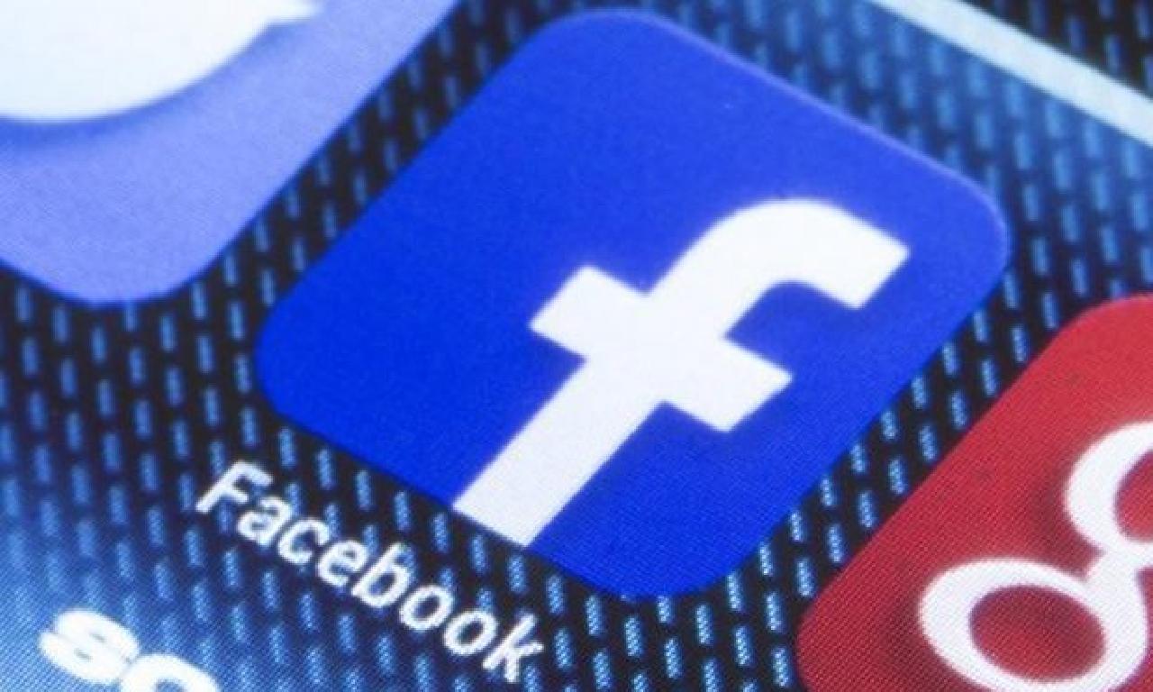 Avustralya Facebook dahi Google'dan salık için kazanç eğiş