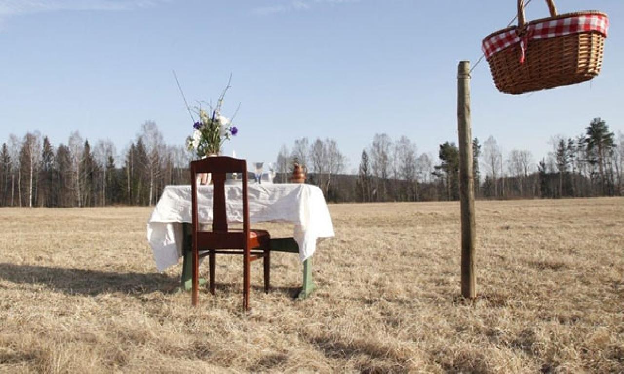 Corona virüs salgınından müteakiben İsveç'te yalnız kişilik lokanta açılıyor