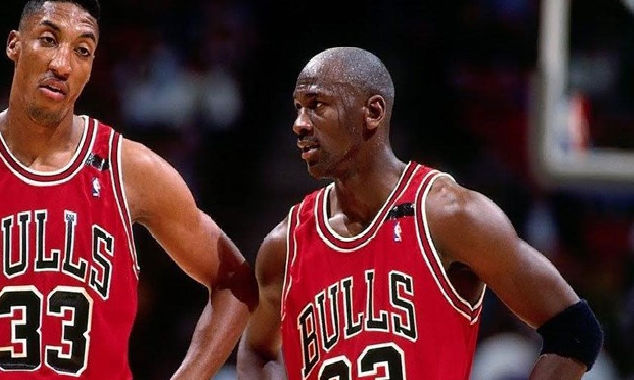 Michael Jordan'ın ayakkabıları müzayedede