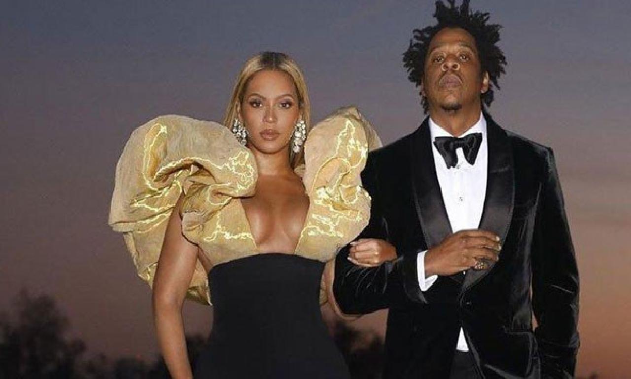 Beyonce, George Floyd için tek sanatçı kampanyası başlatarak doğruluk istedi