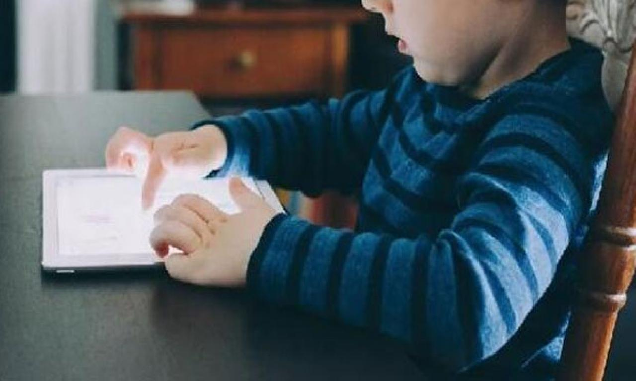 Dikkat! Çocuğunuz internette istismara sunulan kalıyor olur