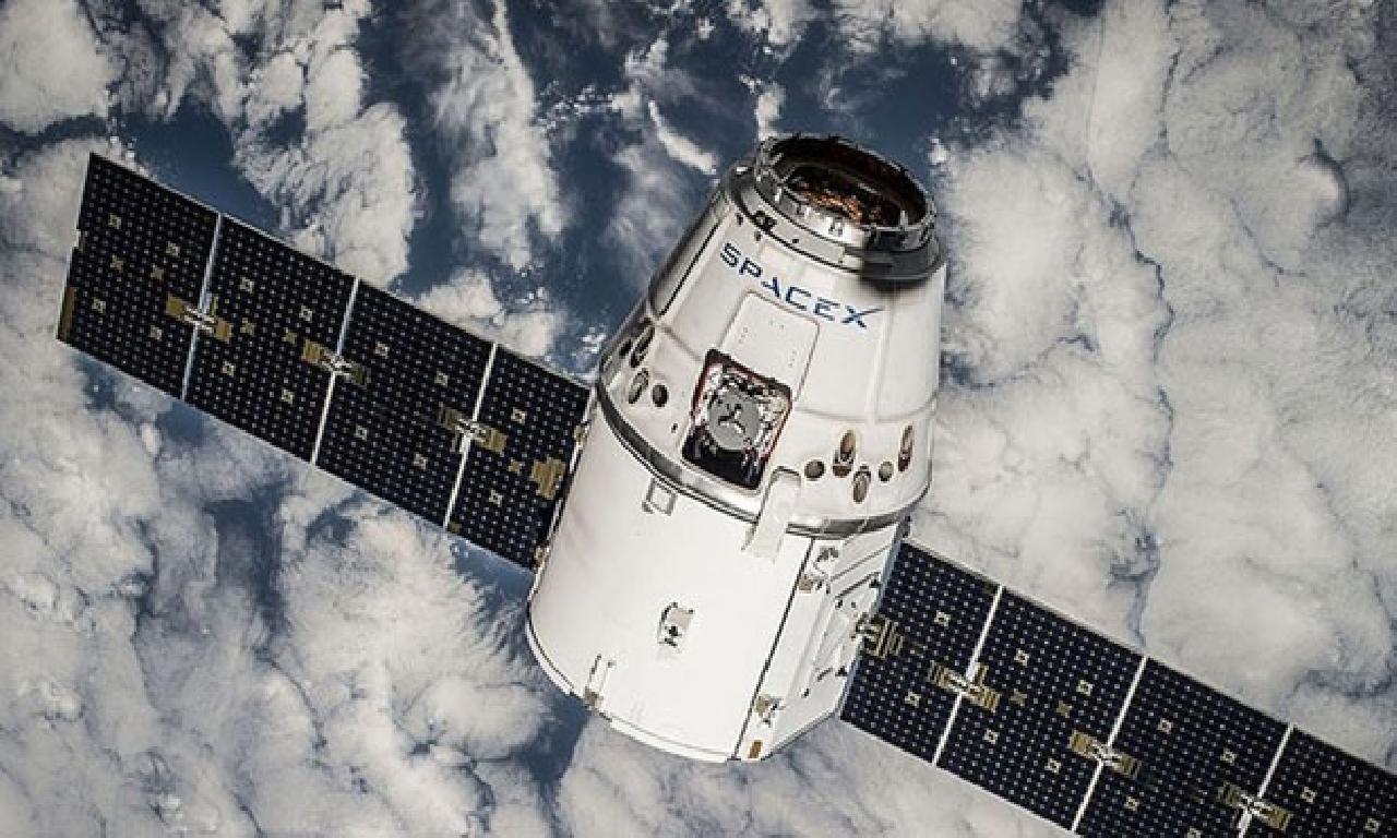Spacex, 60 İnternet Uydusunu Uzaya Fırlattı