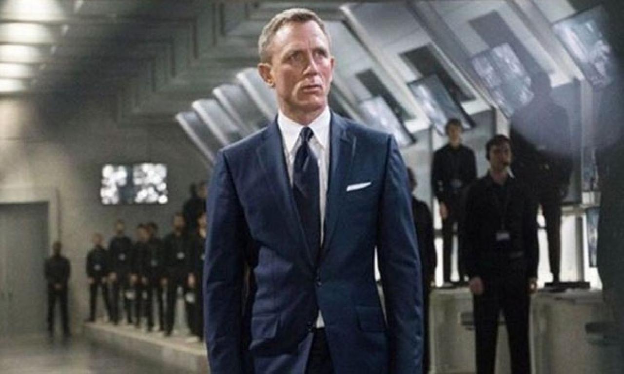 James Bond, Son Filminde Baba Oluyor