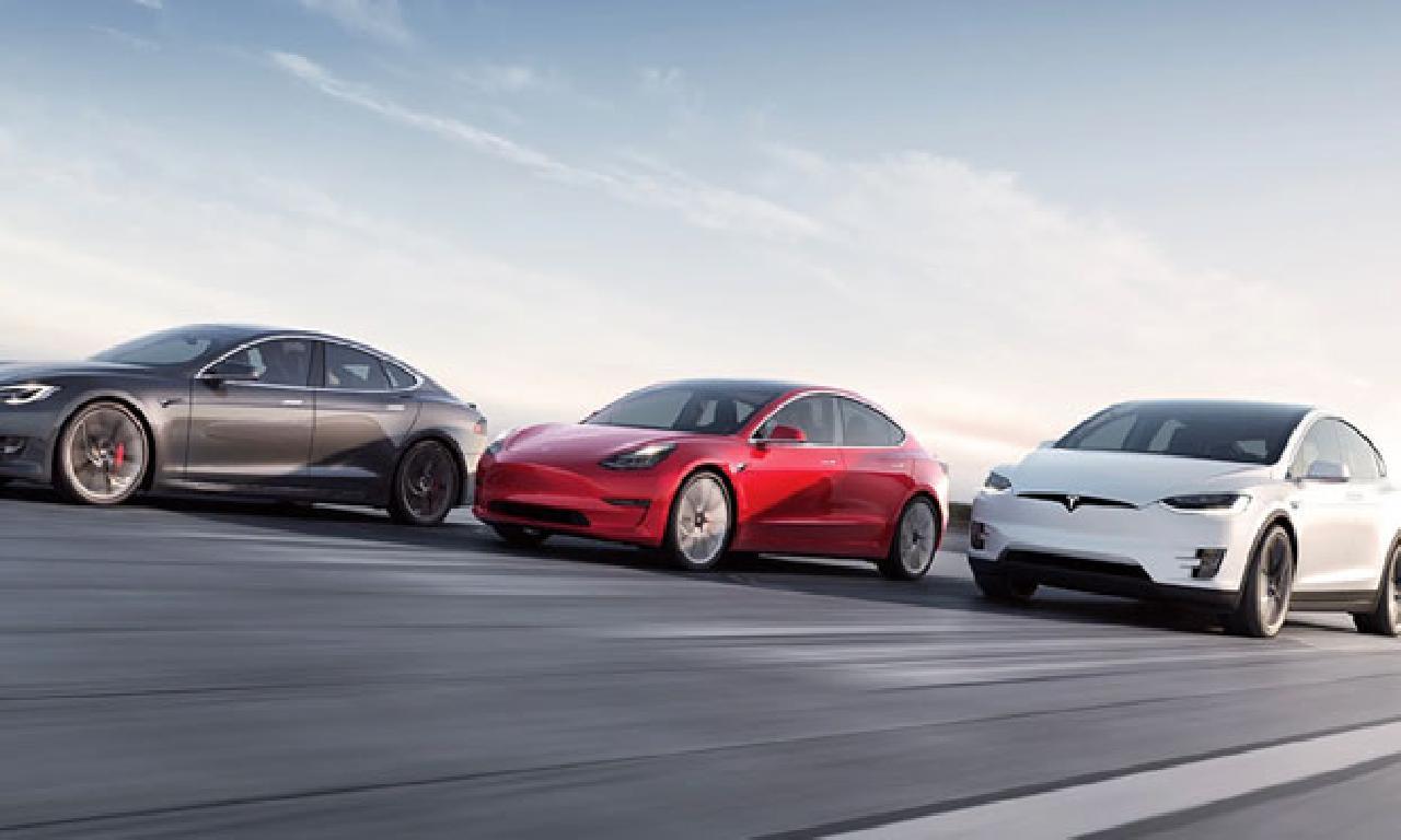 Tesla, Toyota'yı Tahtından Ederek En Değerli Otomobil Üreticisi Oldu