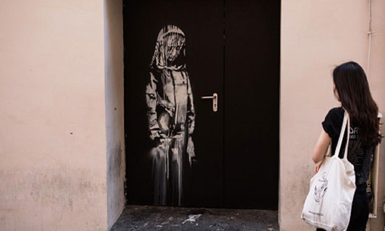 Banksy'nin Paris'te çalınan mal etmek İtalya'da tek çiftlikte çıktı