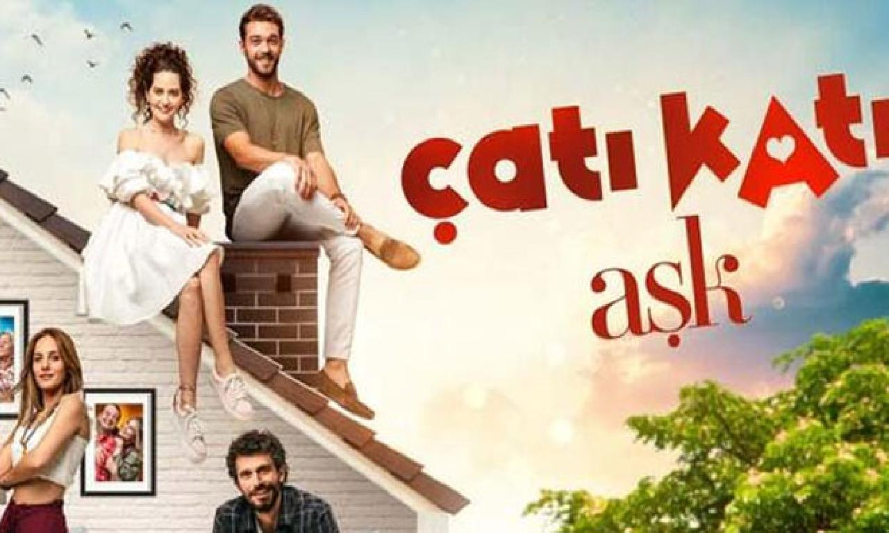 """""""Çatı Katı Aşk""""ın afişi yayınlandı"""
