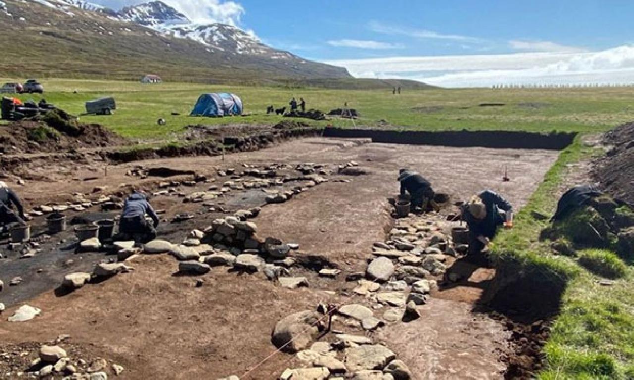 İzlanda'daki En Eski Viking Yerleşim Yeri Keşfedildi