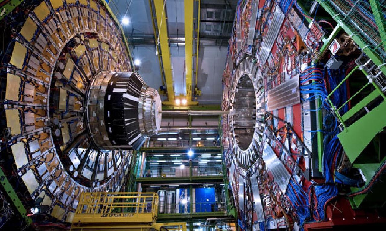 Uzmanlar CERN'e Karşı Çıktı: Dünyanın Yeni Bir Parçacık Çarpıştırıcısına İhtiyacı Yok