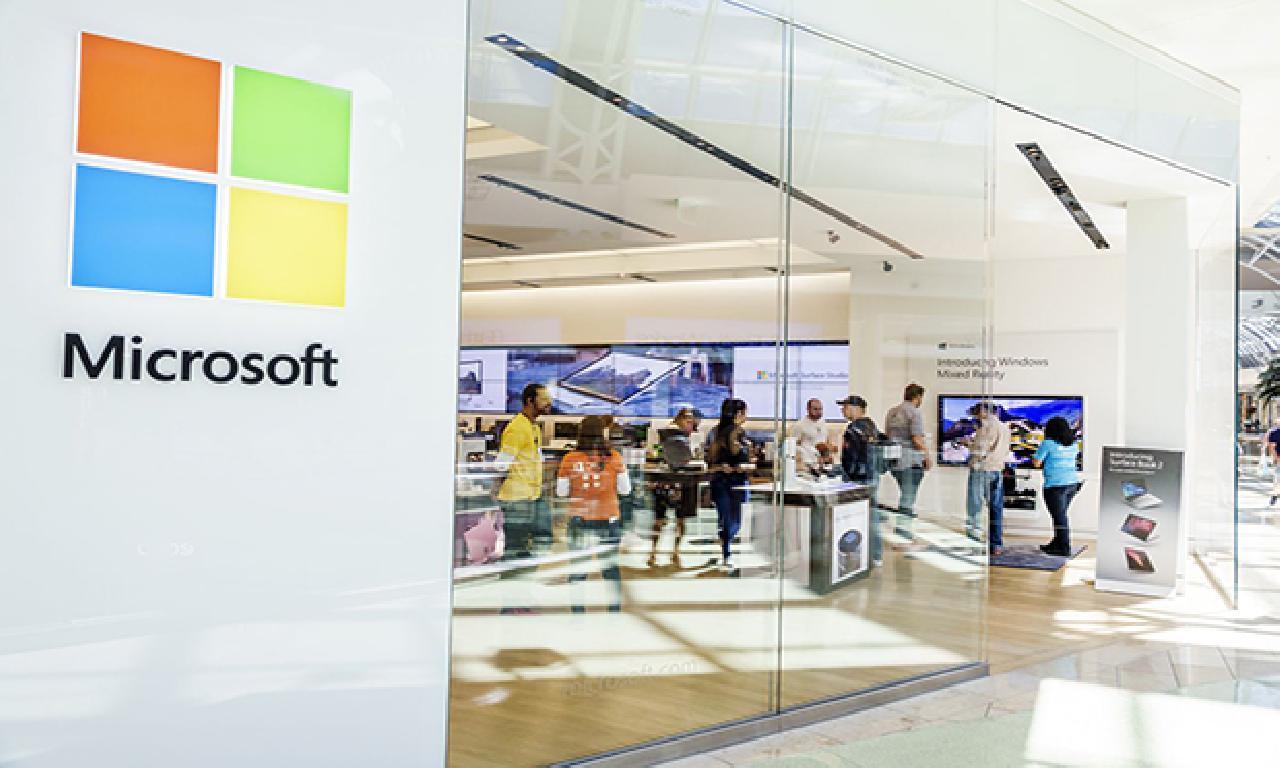 Microsoft mağazalarını kapatıyor
