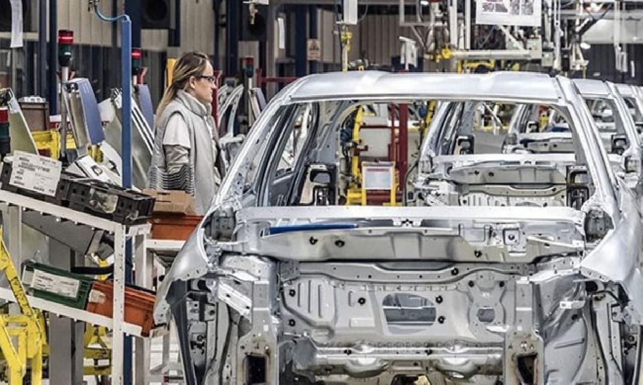 Otomotiv üretimi altu yarıda yüzde 29 daraldı