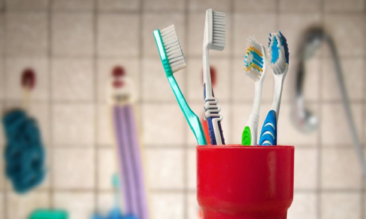 Diş fırçası doğru şekilde nasıl koruma edilir?