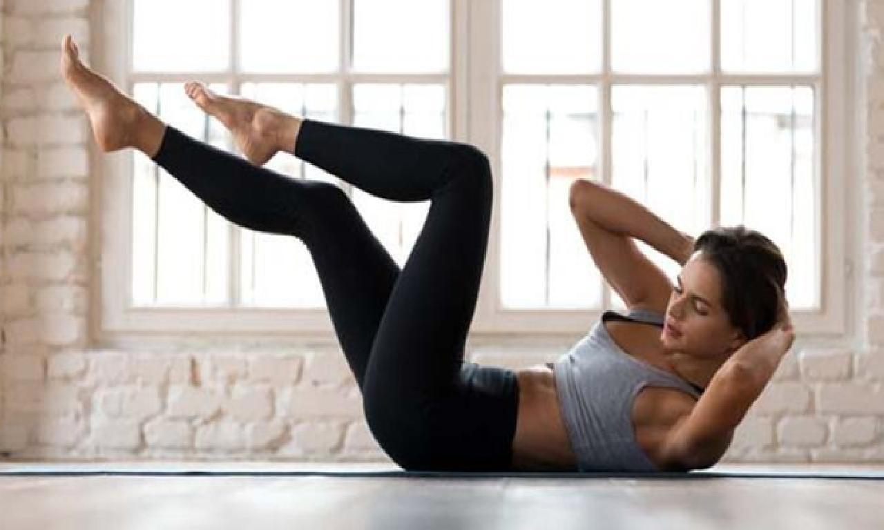 Düz Bir Karın İçin Etkili 4 Egzersiz