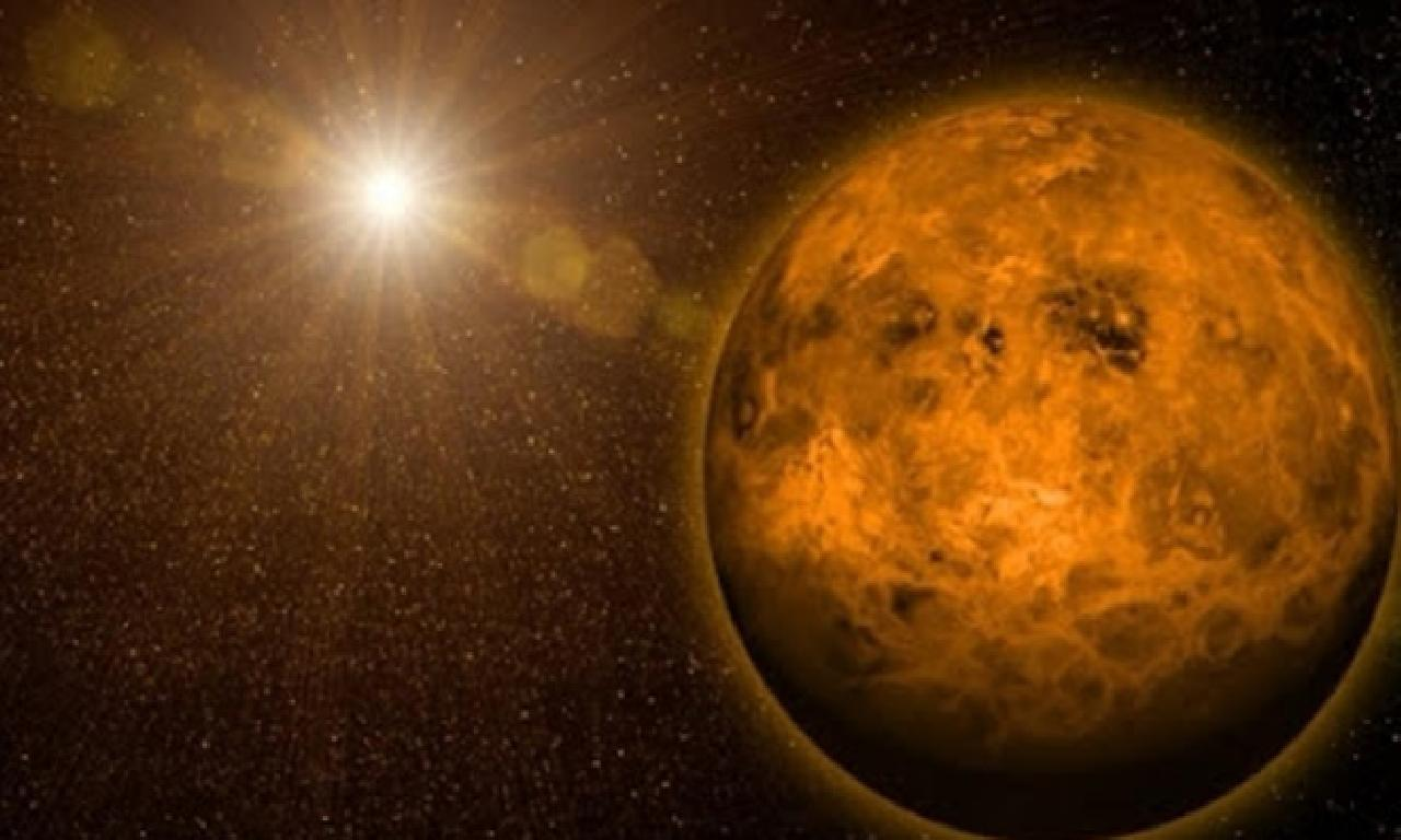 Venüs'te Yaşam Olabileceği İddia Edildi