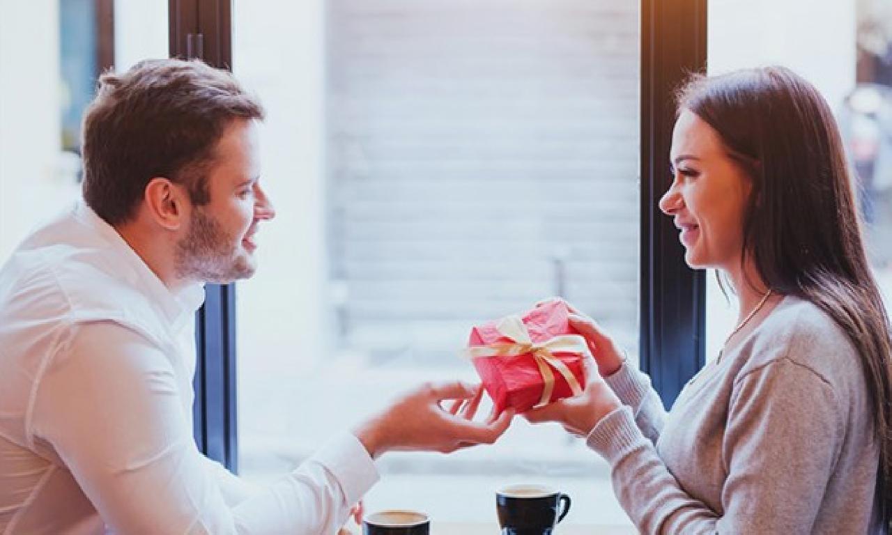 Erkeklerin Sevgililer Günü'nden Nefret Etmesinin 4 Sebebi