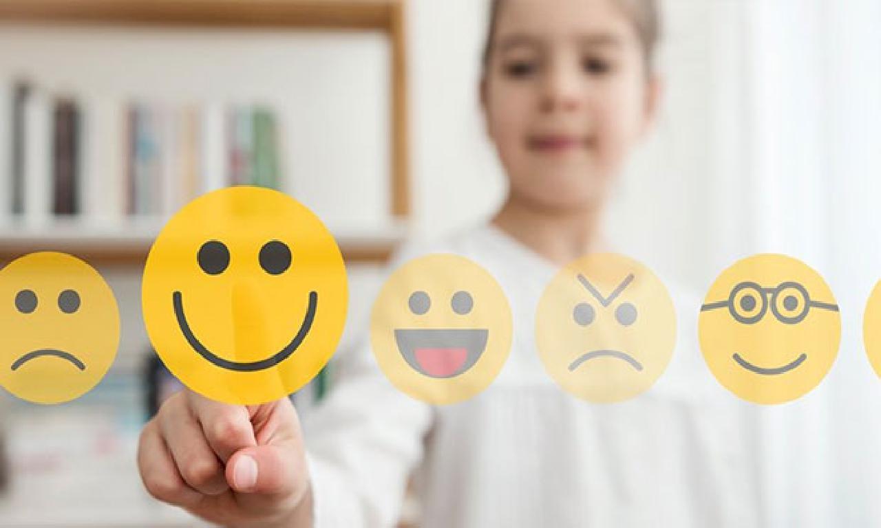 Sosyal iletişim ortamı beğenileri, çocukta 'sahte benlik' geliştirebiliyor