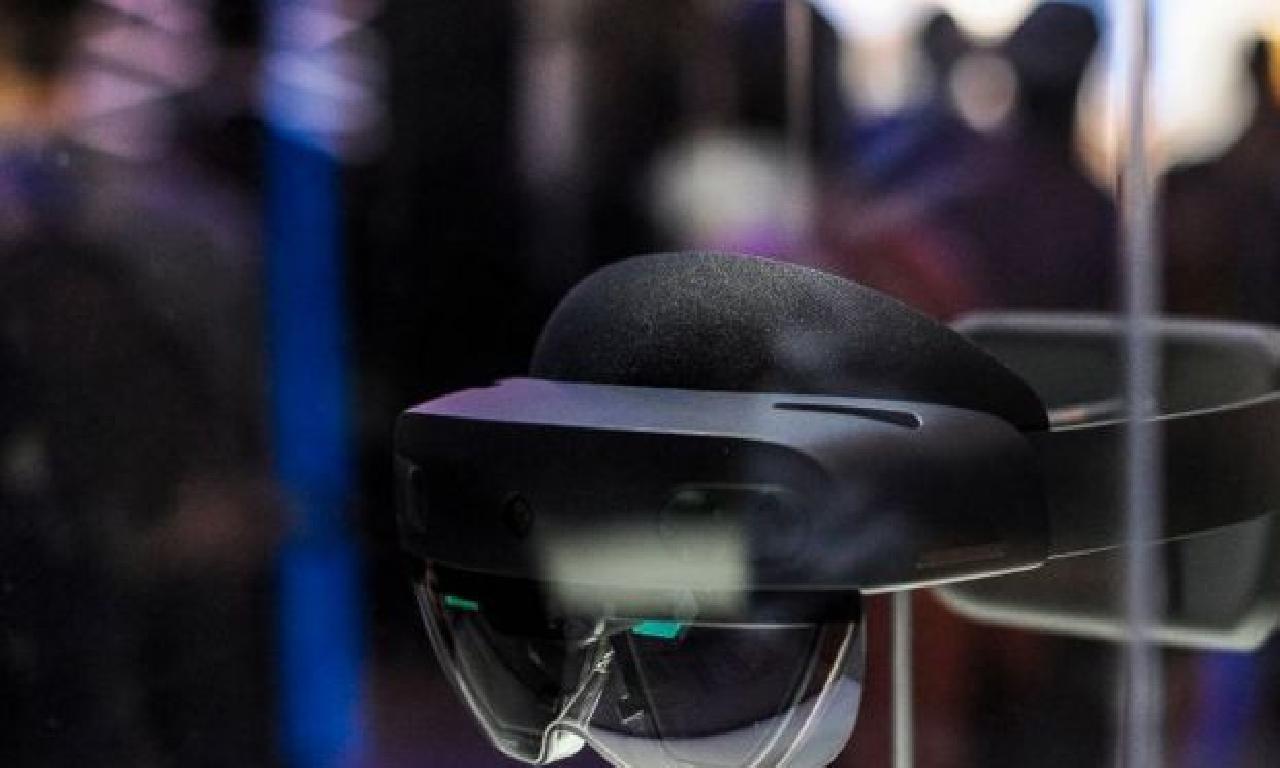 Microsoft ABD ordusuna Artırılmış Gerçeklik gözlüğü taslamak için 21,3 1000000000 dolarlık sözleşme imzaladı