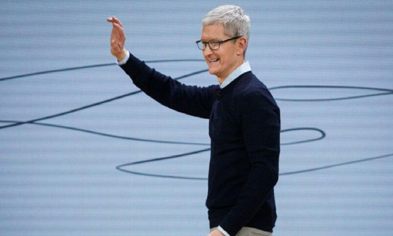 Apple'ın 45. yılında Tim Cook'tan name
