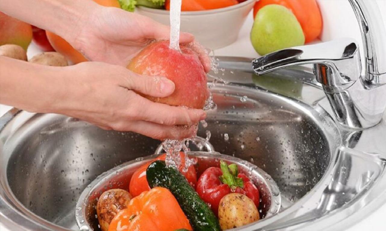'Meyve dahi sebzeyi karbonatlı sutaşı ilen yıkayın'