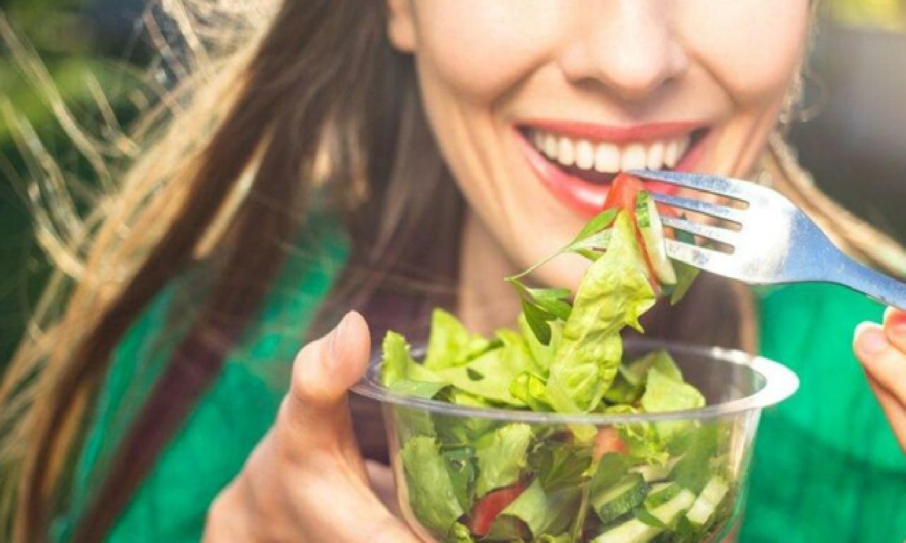 Beslenme alışkanlıklarını değiştirecek araştırma: Gürültü, aşındırmak seçimimizi etkiliyor