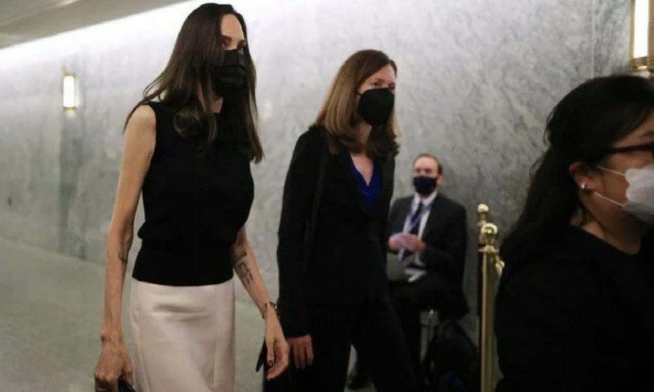 Angelina Jolie önce Beyaz Saray'a müteakiben Birleşmiş Milletler'e yapılacağını