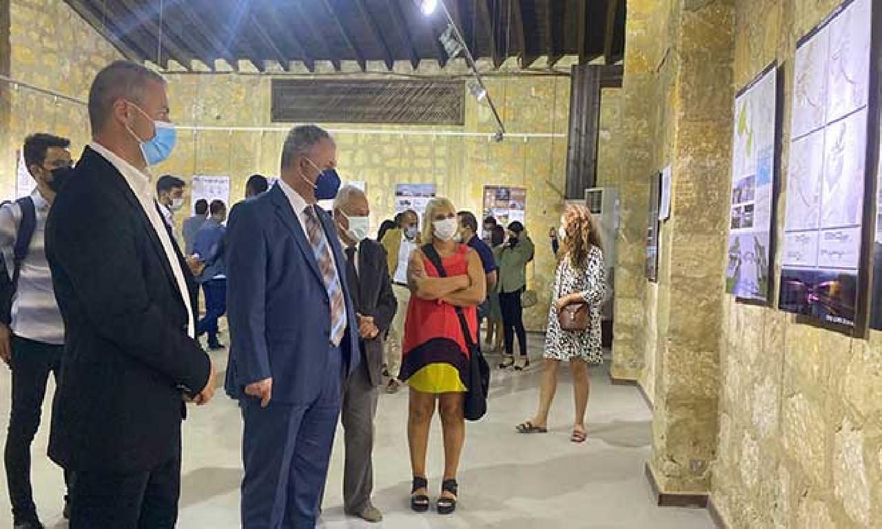 UKÜ Arch-Ex 2021 Öğrenci Projeleri Sergisi'nin açılışı gerçekleştirildi